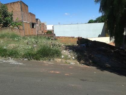 Ver mais detalhes de Terreno com 0 Dormitórios  em Jardim Beatriz - São Carlos/SP