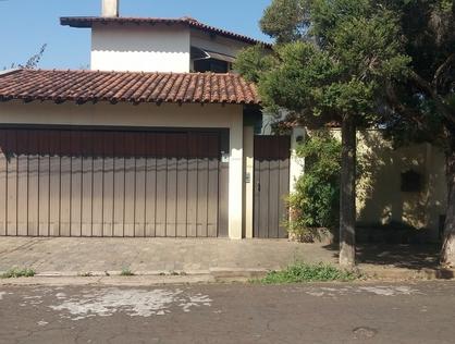 Ver mais detalhes de Casa com 5 Dormitórios  em Parque Santa Marta - São Carlos/SP