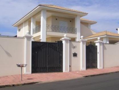 Ver mais detalhes de Casa com 4 Dormitórios  em Planalto Paraíso - São Carlos/SP