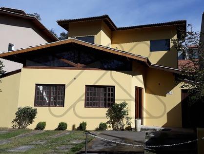Ver mais detalhes de Casa com 2 Dormitórios  em Parque das Rosas - Cotia/SP