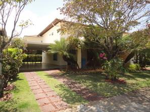 Ver mais detalhes de Casa com 4 Dormitórios  em Patamares/Piatã (Aluguel+Taxas) - Salvador/BA