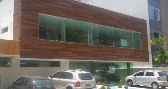 Ver mais detalhes de Comercial com 0 Dormitórios  em Barra Avenida (Prédio na João Pondé) - Salvador/BA