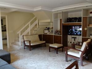 Ver mais detalhes de Casa com 4 Dormitórios  em Anil - Rio de Janeiro/RJ