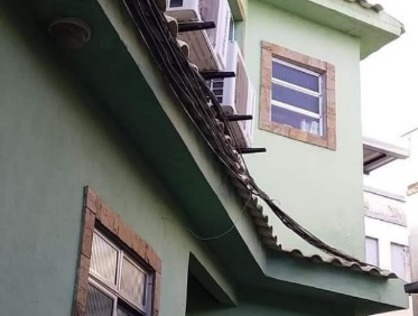 Ver mais detalhes de Casa com 3 Dormitórios  em Quintino Bocaiúva - Rio de Janeiro/RJ
