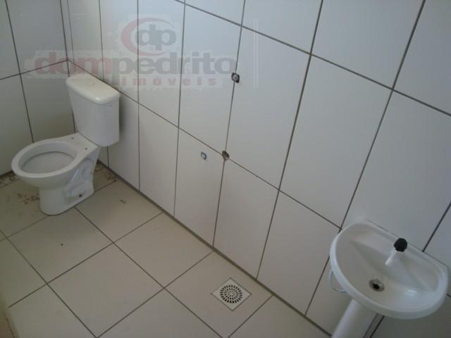 Banheiro 1/segundo pavimento