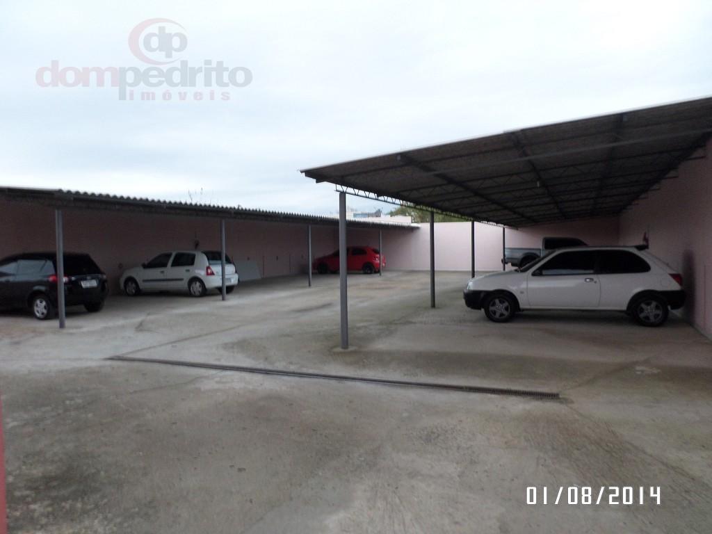 Pátio acesso garagens