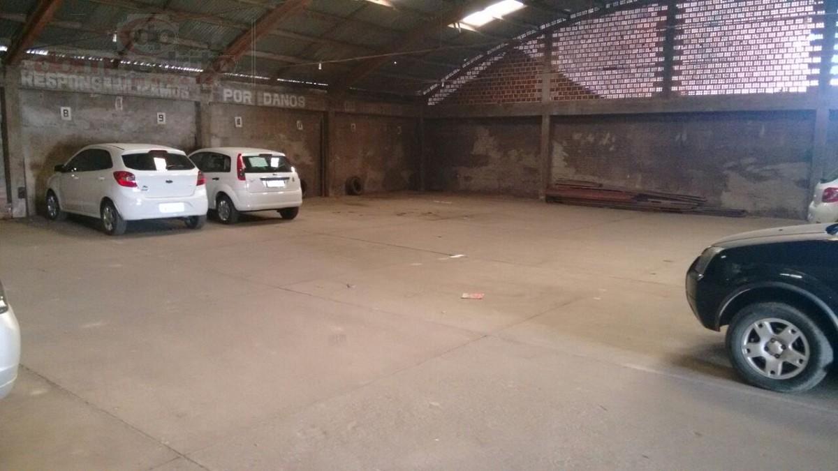 Galpão/Garagens