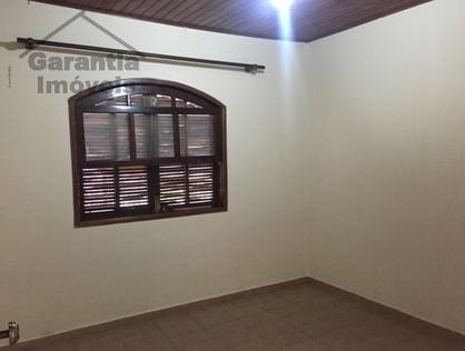 Ver mais detalhes de Casa com 3 Dormitórios  em Jardim Dábril - Osasco/SP