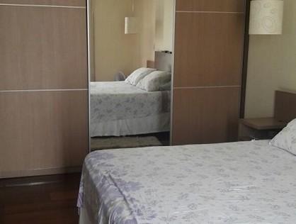 Ver mais detalhes de Casa com 3 Dormitórios  em Vila Pindorama - Barueri/SP