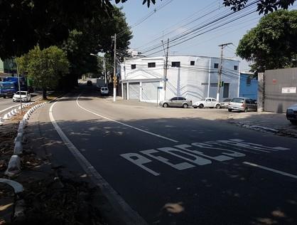 Ver mais detalhes de Comercial com 0 Dormitórios  em Jabaquara - São Paulo/SP