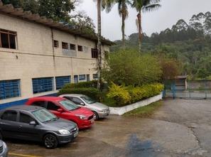 Ver mais detalhes de Comercial com 0 Dormitórios  em Mombaça - Itapecerica da Serra/SP