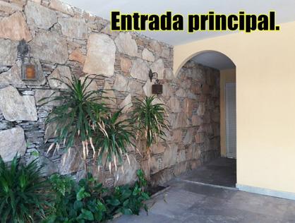 Ver mais detalhes de Casa com 3 Dormitórios  em Jardim Rizzo - São Paulo/SP