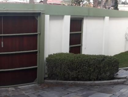 Ver mais detalhes de Casa com 4 Dormitórios  em MORUMBI - Taboão da Serra/SP