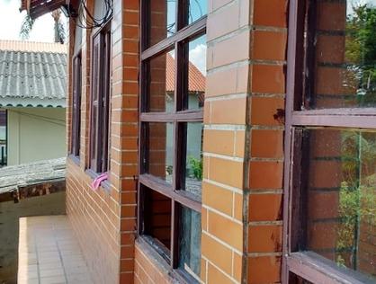 Ver mais detalhes de Casa com 2 Dormitórios  em Itararé - Embu-Guaçu/SP