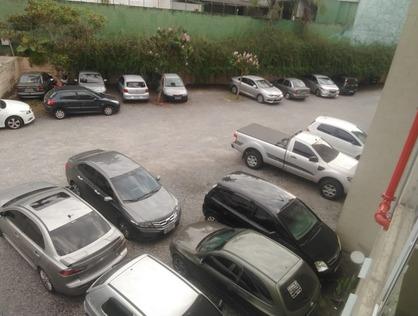 Ver mais detalhes de Comercial com 0 Dormitórios  em Parque Laguna - Taboão da Serra/SP