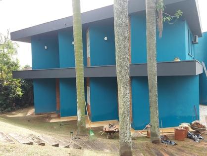 Ver mais detalhes de Casa com 6 Dormitórios  em GRANJA VIANA - Carapicuíba/SP