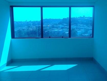 Ver mais detalhes de Comercial com 0 Dormitórios  em Jardim Maria Rosa - Taboão da Serra/SP