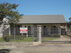 Ver mais detalhes de Casa com 2 Dormitórios  em Bom Retiro - Joinville/SC