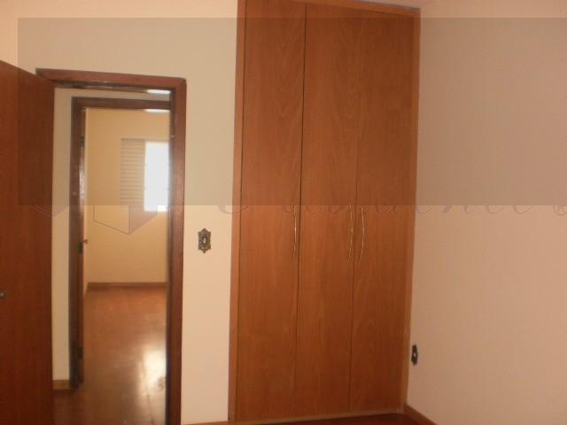 quarto com armário