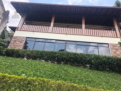 Ver mais detalhes de Casa com 4 Dormitórios  em Pacaembu - São Paulo/SP