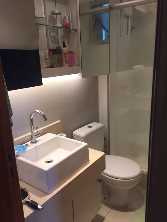 Apartamento / Padrão em Jardim Camburi - Vitória/ES com 2