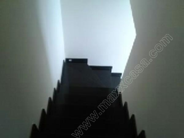 Acesso ao segundo pavimento