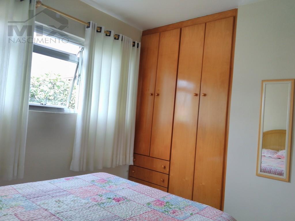 Dormitorio 1 com armarios