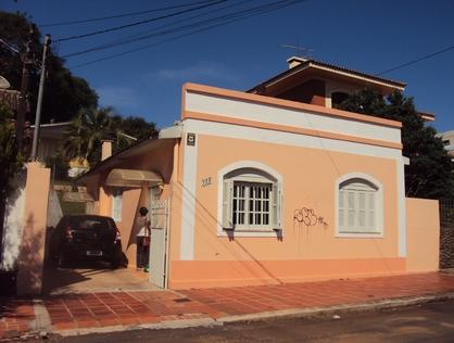 Ver mais detalhes de Casa com 5 Dormitórios  em CENTRO - Cruz Alta/RS