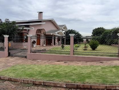 Ver mais detalhes de Casa com 3 Dormitórios   - Cruz Alta/RS
