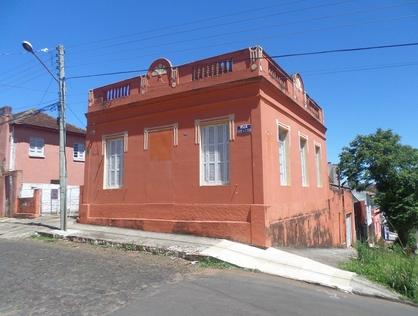 Ver mais detalhes de Casa com 2 Dormitórios  em CENTRO - Cruz Alta/RS