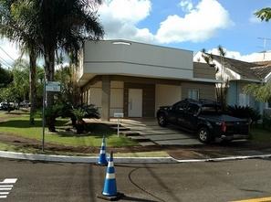 Ver mais detalhes de Casa com 3 Dormitórios  em Aragarça - Londrina/PR