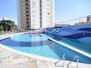 Ver mais detalhes de Apartamento com 3 Dormitórios  em Gleba Fazenda Palhano - Londrina/PR