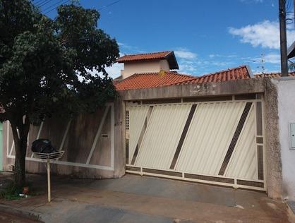 Ver mais detalhes de Casa com 3 Dormitórios  em Residencial Santa Clara - Londrina/PR