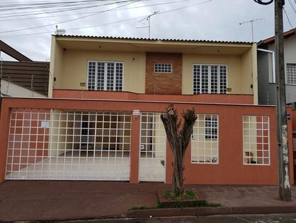 Ver mais detalhes de Casa com 4 Dormitórios  em Jardim Oriente - Londrina/PR