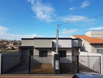 Ver mais detalhes de Casa com 2 Dormitórios  em Colinas - Londrina/PR