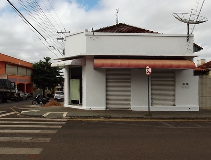 Ver mais detalhes de Comercial com 0 Dormitórios  em Centro - Santo Antônio da Platina/PR