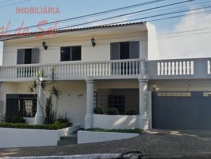 Ver mais detalhes de Casa com 6 Dormitórios  em Centro - Santo Antônio da Platina/PR