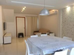 Ver mais detalhes de Casa com 4 Dormitórios  em Colina de Laranjeiras - Serra/ES