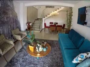Ver mais detalhes de Casa com 3 Dormitórios  em Colina de Laranjeiras - Serra/ES