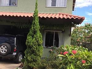 Ver mais detalhes de Casa com 4 Dormitórios  em Parque Residencial Laranjeiras - Serra/ES