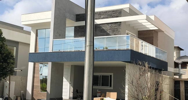 Ver mais detalhes de Casa com 3 Dormitórios  em Boulevard Lagoa - Serra/ES