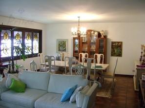Ver mais detalhes de Casa com 4 Dormitórios  em ALTO DE PINHEIROS - São Paulo/SP
