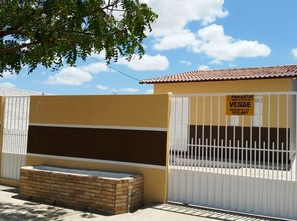 Ver mais detalhes de Casa com 2 Dormitórios  em Alto de Santa Rita - Currais Novos/RN