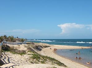 Ver mais detalhes de Casa com 3 Dormitórios  em Praia de Barreta - Nísia Floresta/RN