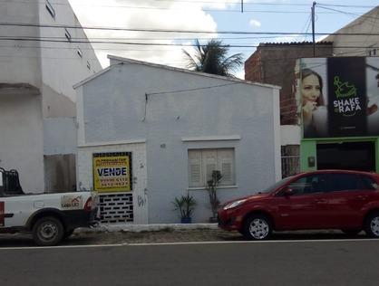 Ver mais detalhes de Casa com 3 Dormitórios  em Centro - Currais Novos/RN