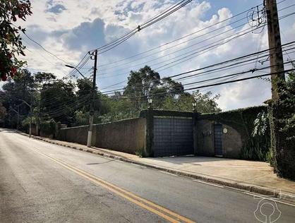 Ver mais detalhes de Casa com 4 Dormitórios  em Chácaras do Refúgio-Granja Viana - Cotia/SP