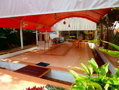 Ver mais detalhes de Casa com 4 Dormitórios  em Chácara Granja Velha - Cotia/SP