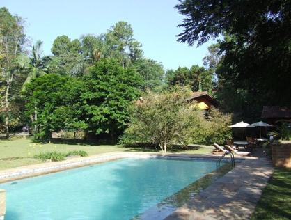 Ver mais detalhes de Casa com 4 Dormitórios  em Chácara Eliana - Cotia/SP