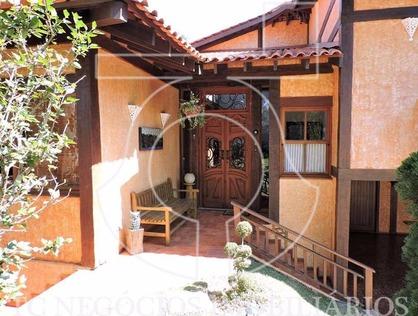 Ver mais detalhes de Casa com 3 Dormitórios  em Altos de São Fernando - Jandira/SP