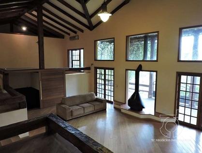 Ver mais detalhes de Casa com 4 Dormitórios  em Chácara do Refúgio - Carapicuíba/SP
